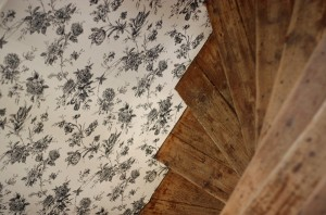 staircase wallpaper inspiration living