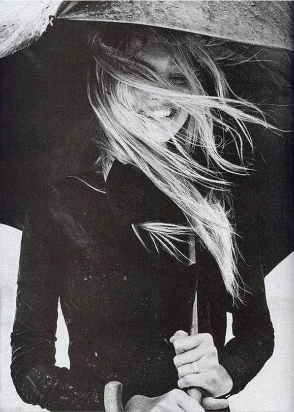 black and white umbrella blonde
