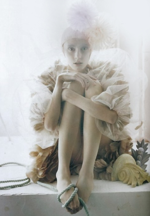 tim-walker-a-magic-world-52