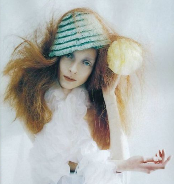 tim-walker-a-magic-world-99