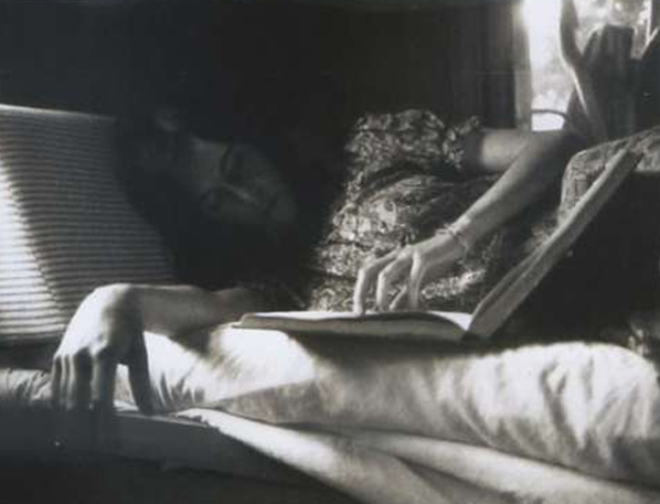 reading, bed